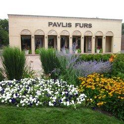 Pavlis Furs in Arlington Heights