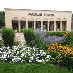 Pavlis Furs in Arlington Heights