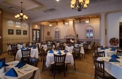 Comfortable dining at Athena Greek Restaurant in Chicago