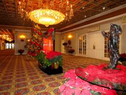 The festive lobby at Fountain Blue Banquets & Conference Center in Des Plaines