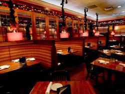 Festive dining room at Jameson's Charhouse in Arlington Heights