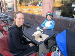Family enjoying the outdoor patio at Live Fresco in Oak Park