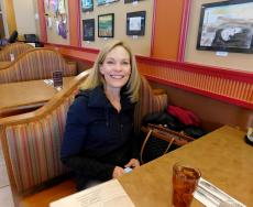 Customer enjoying lunch at Georgie V's Pancakes & More in Northbrook