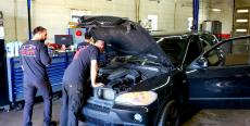 Another busy day at Oak Lawn Auto Repair in Oak Lawn