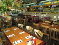 The spacious dining room at Pilot Pete's in Schaumburg