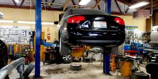 Repair shop at Wreck and Roll Auto Body in Chicago